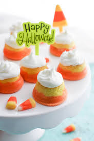 Mini Candy Corn Cupcakes With Buttercream Frosting