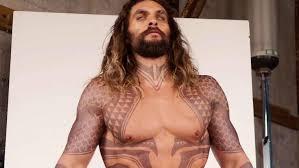 How Jason Momoa Looks So Buff As Aquaman Justice League Exclusive