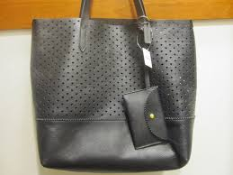 banana republic perforated leather tote reviews