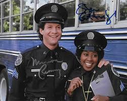 Marion Ramsey morta l'agente Hooks di Scuola di Polizia