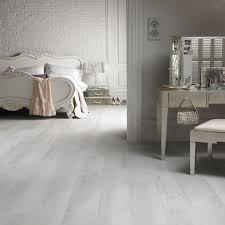 karndean van gogh white washed oak vinyl from wood floors the uk s leading wood floor specialist