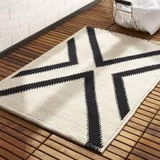 modern bath mats