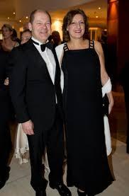 Seit über 30 jahren verheiratet! Die Italienische Schauspielerin Ornella Muti Sorgte Auf Dem Bundespresseball In Berlin Fur Internationalen Glanz Stuttgarter Zeitung