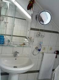 bathroom utilities. Curtea Bavareza: Bathroom Utilities