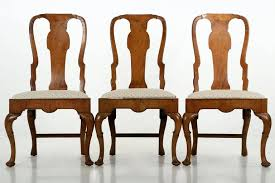 Set of Eight Queen Anne Style Burl Walnut Antique Dining Chairs at