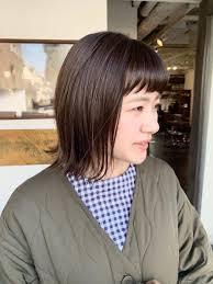 まだまだ人気なパッツンボブ 伸ばしやすい髪型になります Mok