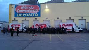 Sciopero a mondo convenienza: lavoratori della logistica sospesi