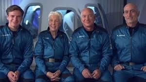 جيف بيزوس صاحب شركة أمازون أغنى رجل في العالم 2021 ورحلته إلى الفضاء
