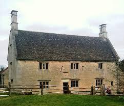 sir isaac newton and his life at woolsthorpe manor woolsthorpe manor