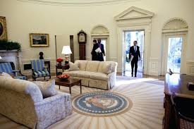 aspera 10 executive office nappa leather brown. Oval Office Paintings. Art Paintings House Of Cards The Next Day Obama Entered Aspera 10 Executive Nappa Leather Brown