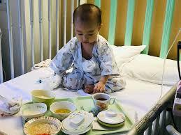 Bé 1 tuổi bị nhiễm virus Herpes, lây sang cả mẹ và 3 chị gái của bé