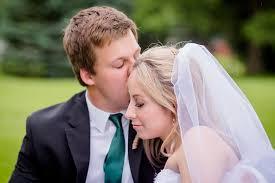 ashley klaus wedding photography chandelier ballroom hartford wi reminisce studio
