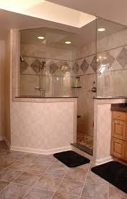 doorless-walk-in-shower-with-privacy-knee-wall