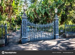 adelaide botanic garden south main gate