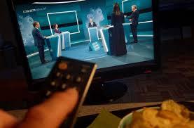 Das heißt dann nicht mehr duell, sondern triell. Netzreaktionen Zum Tv Triell Hat Der Uns Gerade Dumm Genannt Politik Stuttgarter Zeitung