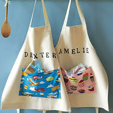 Personalized children's apron | Personalized kids apron, Diy gifts for  kids, Personalized aprons
