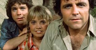 LAND OF THE LOST, (from left): Wesley Eure, Kathy Coleman, Spencer  Milligan, 1974-77. - Flashbak