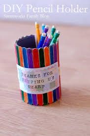DIY Pencil Holder Craft makes a great teacher gift!
