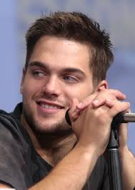 Henry Richmond Light As A Feather Dylan Sprayberry Wikipedia