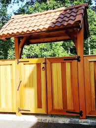 Decorative Fence Toppers Cedar Privacy Fencing With Gate And Decorative Arbor Pergola
