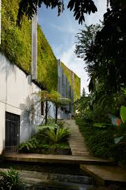 ... All Natural-Looking Furniture in Green Home Concept : Exterior  Singapore Green Home By Tsao ...