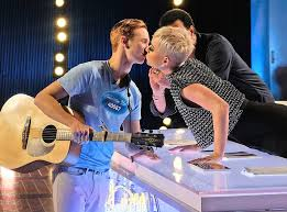 American Idol Contestant Speaks out on Katy Perry Kiss - E! Online