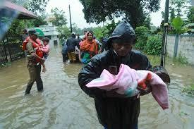 """Résultat de recherche d'images pour """"population inde inondées photo"""""""