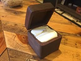 man creates diy engagement ring box to propose jeremy cohen hoffing anna prewett