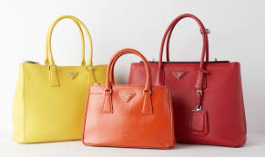 Prada Tote Size And Style Guide Yoogis Closet Blog