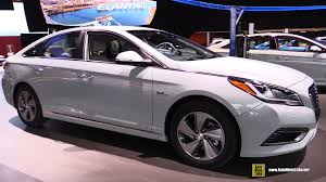 hyundai sonata 2015 exterior. 2016 hyundai sonata plugin hybrid exterior interior walkaround debut at 2015 detroit auto show youtube
