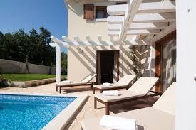 Airi Villa