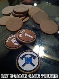 Making Wooden Games diy wooden game token tutorial I sooo need to do this Crafts 70
