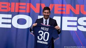 Transfer talk has the latest. Lionel Messi Traumt Von Champions League Sieg Mit Psg Sport Dw 11 08 2021