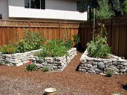 screened garden beds designs