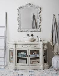 painting a bathroom vanity fusion