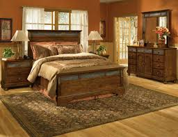 5 Reasons To Choose Pine Bedroom Furniture Sets : Traditional Bedroom  Design With Rustic Pine Bed