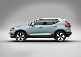 2018 volvo momentum. contemporary 2018 2018 volvo xc40 crossover on volvo momentum u