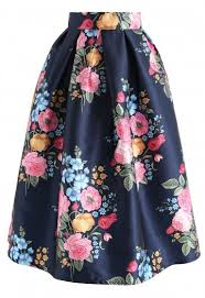 Compelling Bouquet Printed Midi Skirt In Navy Retro Indie