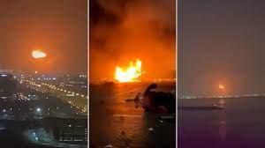 بعد الانفجار الذي وقع بميناء جبل علي.. دبي تفتح تحقيقا موسعا في حريق  السفينة وبيانات ملاحية تظهر خريطة حركتها | إمارات عربية متحدة أخبار