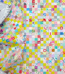 Red Pepper Quilts: The Scrappy Irish Chain Quilt and Quilt Pattern & Scrappy Irish Chain Quilt - Pattern available | © Red Pepper Quilts 2017 Adamdwight.com