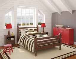 i think that this is a really fun room because of the combination of colors you don t really see brown and red mixed together unless you re going for a