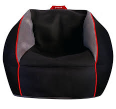 staggering gaming chairs a guide to how to choose the best gaming chair for floor gaming