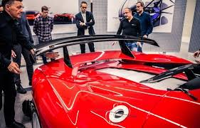 Meanwhile, the concave engine cover with its aluminium louvres represents another clear reference to the ferrari 330 p3/p4. Ferrari P80 C The Most Extreme One Off Design