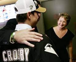 Sidney Crosby's mom joins board of Canadian Women's Hockey League | CTV News