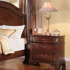 Roman Empire III Traditional 4pcs Bedroom Set In Dark Cherry