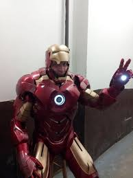 ...This Guy Fabricated His Own Iron Man Costume For Halloween, But Now Uses  The Costume To Bring Joy To Sick U0026 Healthy Kids Alike. Pretty Freakinu0027 Cool.