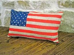 "DIY American Flag Pillow by ""Lookie What I Did"""