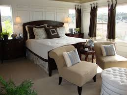 Master Bedroom Decor. Elegant Bed And Dresser To Decorate Smart Small  Master Bedroom Ideas With