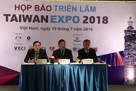 officials from the taiwan external trade development council and the việt nam national trade fair and advertising pany organisers of the 2018 taiwan