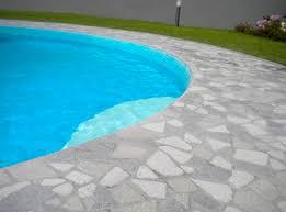 Piastrelle Antiscivolo Per Piscina : Piastrella per bagnasciuga di piscina in pietra ricostituita
